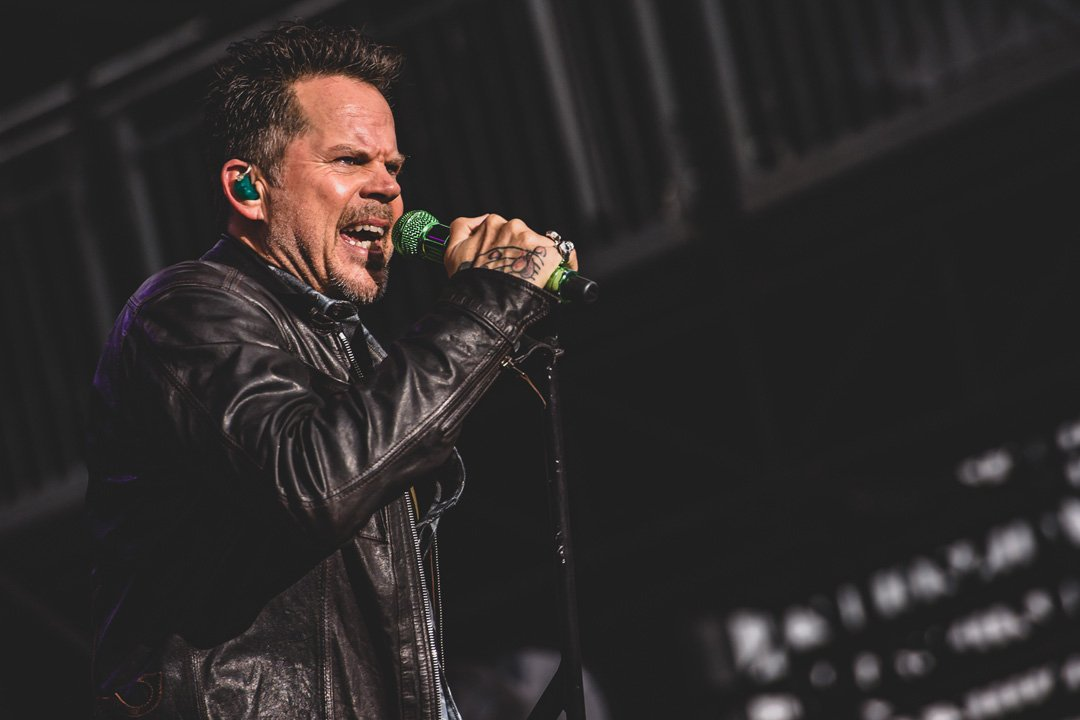 Gary Allan Brings Edgy Cool to 2016 Taste of Country Music Festival