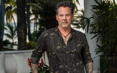 Gary Allan Spent the Pandemic Busy on a Boat — and Came Back to Get Vaxxed | People
